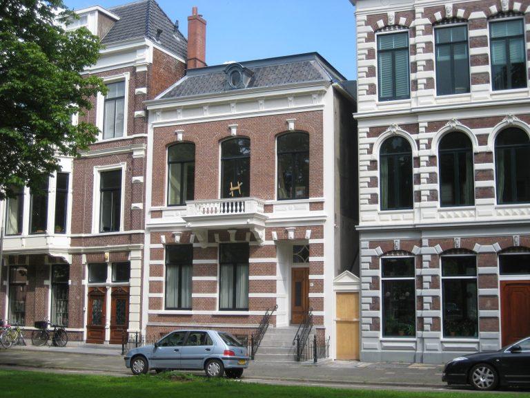 Ubbo Emmiussingel Holstein Restauratie Architectuur